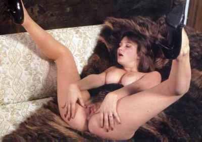 Naked tattooed girl fuck gifs
